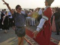 Московские лезгины поздравляют Елену Исинбаеву!