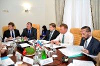 Руководитель Росавтодора провел совещание по проекту строительства моста через реку Самур