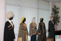 Выставка национальных костюмов народов Дагестана представлена в Музее Дружбы народов России